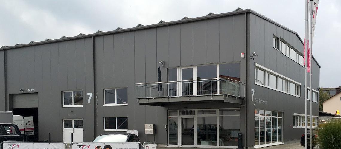 Stahlhalle von Syflex